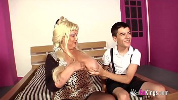 El ladies milf thumbs - Big breasted nanny and jordi this could end with a wedding