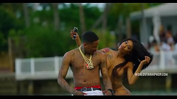 YG Feat. Dj Mustard 'Pop It Shake It' (Sem Cortes) (WSHH Exic Video)
