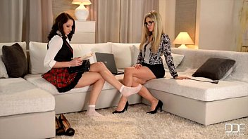 Women with sexy legs and hose Gorgeous lesbians in foot fetish action