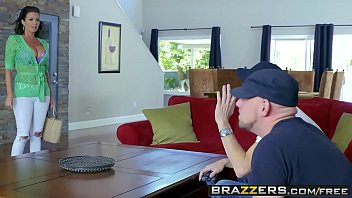 Brazzers - Mommy Got Boobs - Napping Naked Scene Starring Veronica Avluv And Danny D