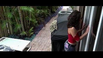 Nympho stepmom enjoy first pounding at home