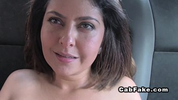 Mariska haggerty shows tits Shaved pussy hottie bangs in fake cab pov