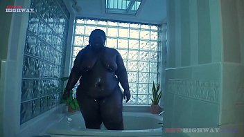Huge Booty Ebony Cutie Chrissy Santana does her 1st porn ever thumbnail
