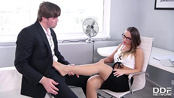 Foot Fetish Porn Ends In Loads Of Cum All Over Naomi Bennett's Sexy Feet
