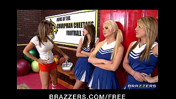 Ford escort 2 door m2 - Slutty cheerleaders alexis ford and courtney cummz share big-dick