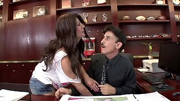 Breast for sale - Dirty gets a quickie with the boss during an excited rebuke for the milf