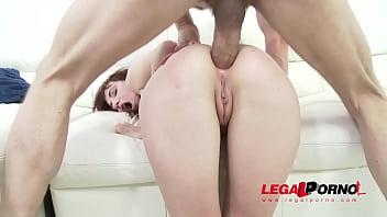 Redhead slut Chelsy Sun DAP'ed & assfucked by 2 guys SZ1313