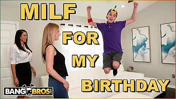 Bangbros juan el caballo loco gets hot milf reagan foxx for his birthday thumbnail