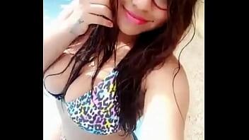 La Prostituta Colombiana Kerly SALUDANDO A SUS CLIENTES MI PERRA AMIGA