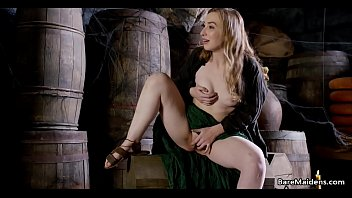 Medieval maid caught on in the pantry - Gracie Green - BARE MAIDENS