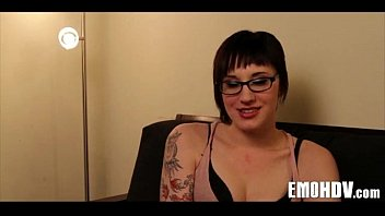 Hot emo lesbian babes 100