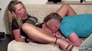 German MILF Bi Jenny let Young Boy made first Anal Sex with her