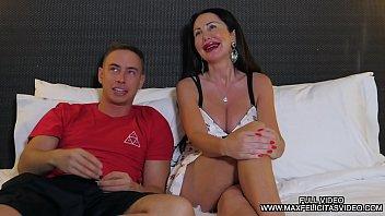 MAX FELICITAS okuldaki öğretmen seks HAS mobil pprno