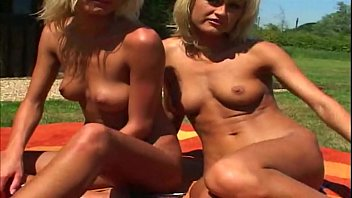 Twin Babes Likes To Share A Man And Fuck Outdoors