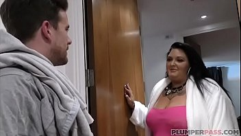 British BBW MILF Darcey Savage Fucks Tattooed Neighbor