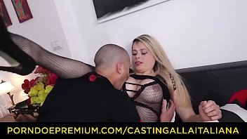CASTING ALLA ITALIANA - Naughty blonde Italian slut Vittoria Dolce goes for ass
