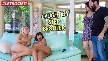 Doctor scam sex - Letsdoeit - stepbro gets scamed natalia starr and jenna foxx
