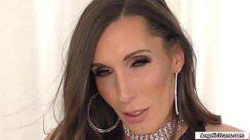 TS Melanie Brooks barebacked by big dick