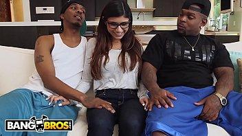 Bangbros - Mia Khalifa Shares Her Hummus With Rico Strong & Charlie Mac