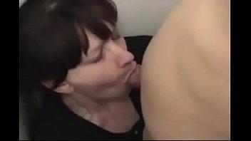 Mom Vorschaubild