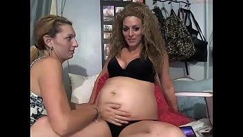 Pregnant Kallie with twin sister