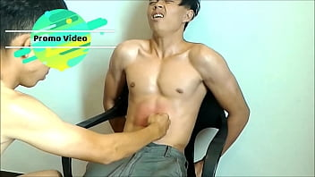 Abdominal Muscles Gutpunching Tortured - Remy