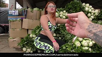 CARNE DEL MERCADO - Colombian newbie Jesica Dulce picked up and fucked hardcore