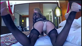 CharmingLiz:are waiting for sexy and naughty girl in your life?