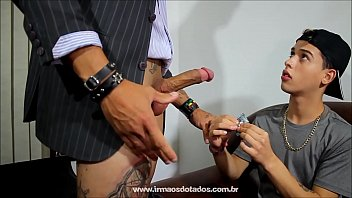 Brazil cruzes das gay mogi Sexológo ensinando o novinho