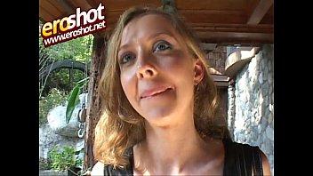 Bony slut knocks on the door forbackdoor fucking - free porn video - Eroshot.net