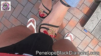 Penelope Black Diamond Footjob Blowjob Milk Dusche Preview Vorschaubild