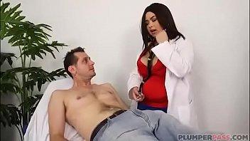 BBW plays Doctor with older patient!
