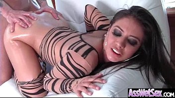 Anal Sex Tape With Hot Oiled Sexy Huge Butt Girl (Jynx Maze) video-15