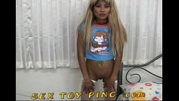 Naked girls play ping pong - Sex toy ping 3