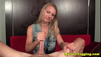 Dirtytalking mature strokes dick