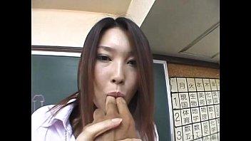 Subtitled Japanese Akira Watase classroom blowjob lecture缩略图