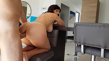 Ass fuck tits girl - Le doy por culo a una jovencita muy caliente