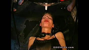 Babe gets pussy fingering and anal fucking