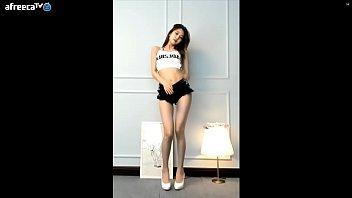 公众号【福利报社】韩国主播BJ서아 BJ徐雅黑色超短裤诱惑热舞