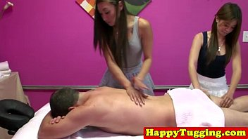 Asian handjob masseuse on spycam