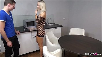 German Teen Suprise Pizza Guy in Lingerie and pay with Sex