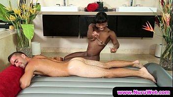 Nuru massaggio porno sesso