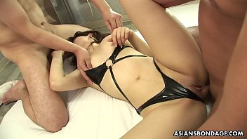 Insatable woman, Remi Kawamura is getting doublefucked all day, uncensored