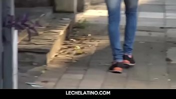 Twinky young latin sucks dick for money - lechelatino.com