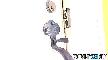 PropertySex - Homeowner busts intruder taking shower in home