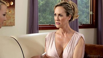 Mother and best mate sex pictures - Busty step-mother brandi love and carmen callaway