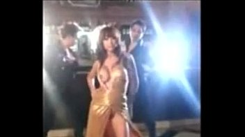 Indian adult actor - Accidentally anushka sharmas boobs exposed during the shooting of bombay velvet