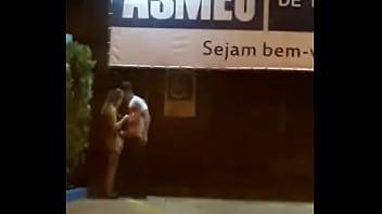 Casal flagrado se masturbando na rua em Pouso Alegre MG