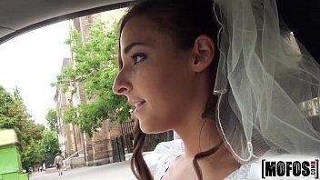 Xvideoporno comendo noiva infiel do amigo