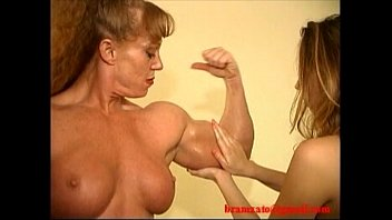 Women bodybuilding wrestling porn Sheila burgess muscle domination